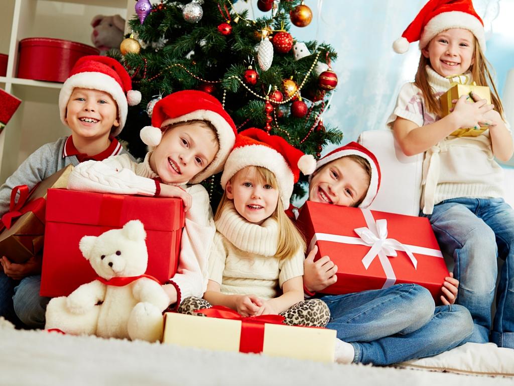Prezenty dla dzieci do 3 lat, czyli przewodnik po świecie zabawek